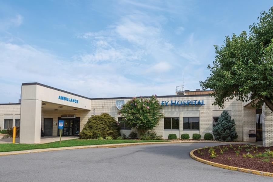 Exterior photo of CAMC Teays Valley Hospital